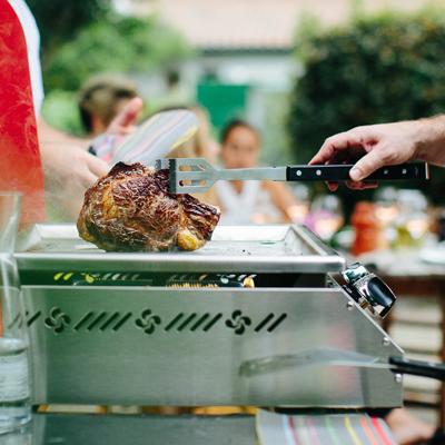 Logo Euskal Plantxa, pour profiter de repas en extérieur dès que le beau temps est là